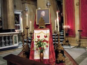 Reliquia de Newman en la capilla de Birmingham